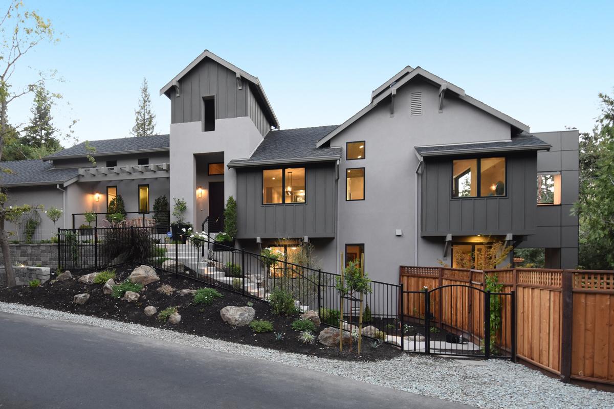 Daville Custom Home 01